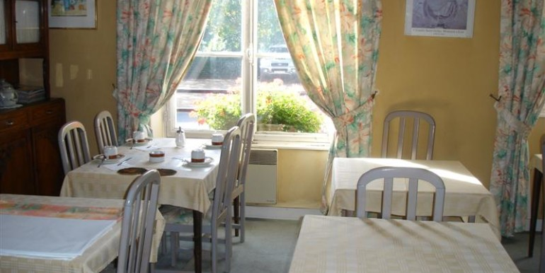 02-Breakfast room