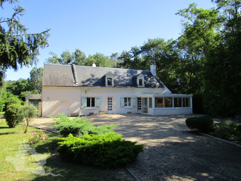NLEN002017 – Superb 4 bedroom character fermette near Bourgueil