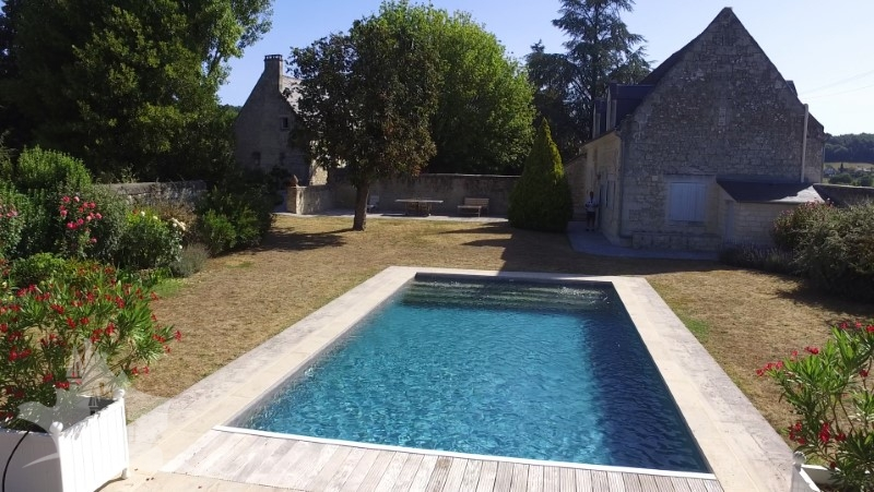 NLEN002068-Quality property with guest lodge and pool